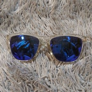 Knockaround Accessories - Knockaround Ace on Base shades